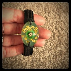 Glow-in-the-dark Adjustable Flower Bracelet